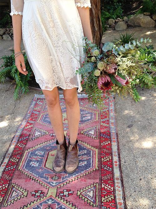 Boho rug_ceremony_Photo Credit - Johnnywas.com blog