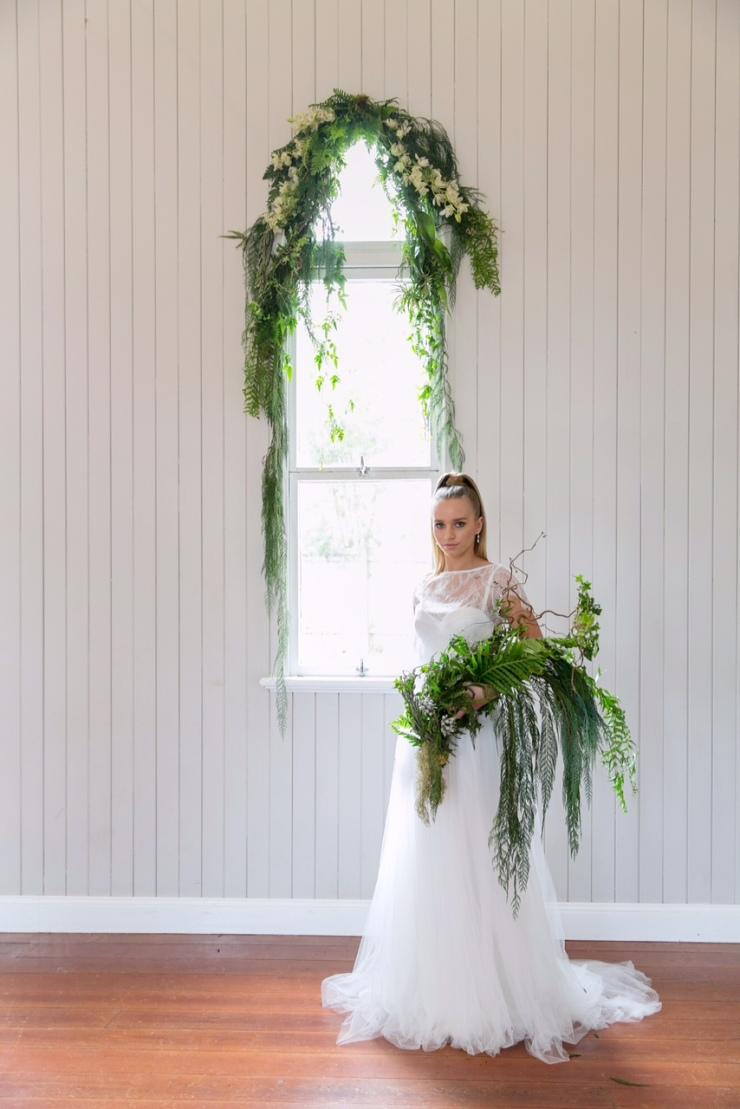 Woods and Bloom_floral designer_window garland