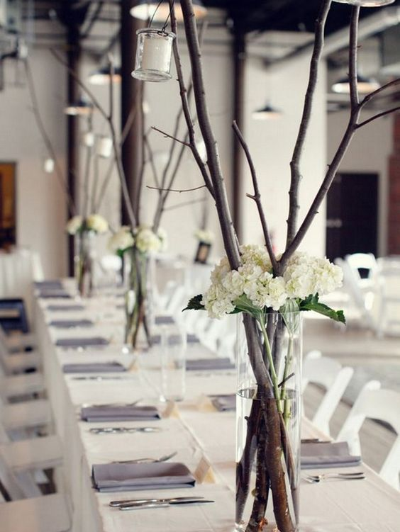 Branch table arrangement. Photography by Deborah Zoe Photography via Pinterest.
