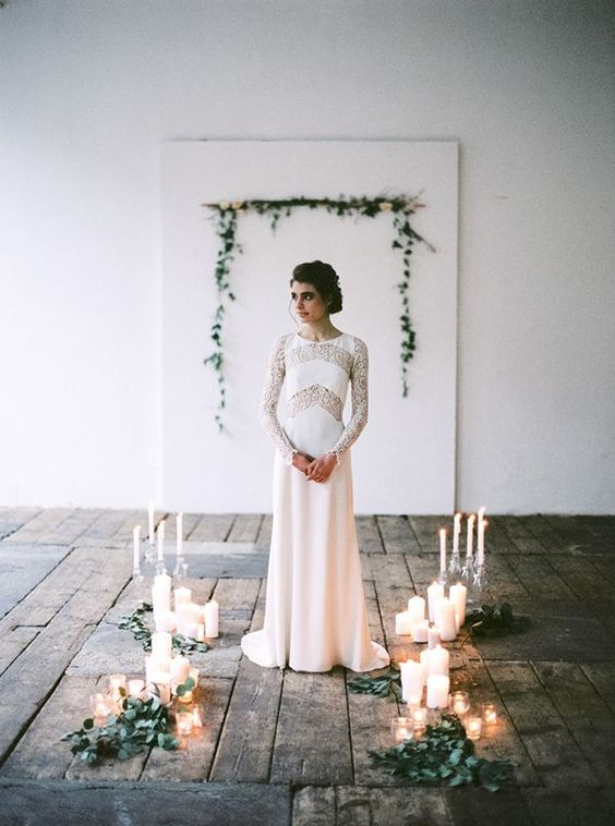Photo via Pinterest. Photography by Peaches and Mint. Styling Viktoria Antal and Flowers by Flowerup