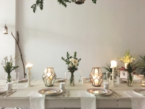 White wash table setting